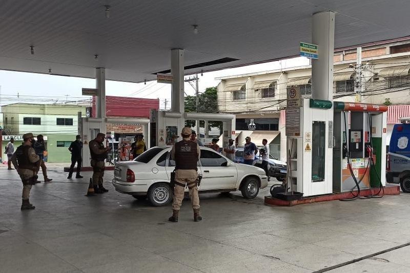 Teixeira: homem é assassinado em posto de gasolina no Centro